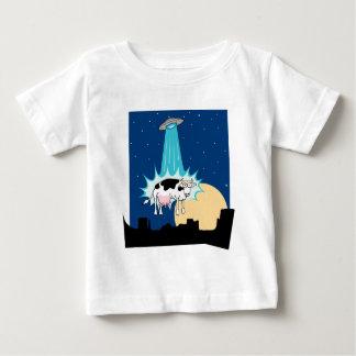 Camiseta Para Bebê Abducção da vaca do UFO