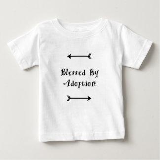 Camiseta Para Bebê Abençoado pela adopção - assistência social