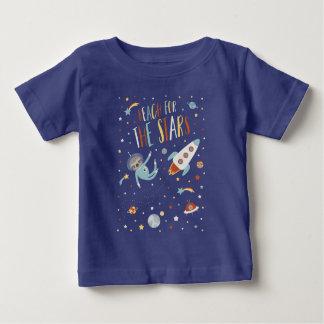 Camiseta Para Bebê Alcance para as estrelas - preguiça do espaço