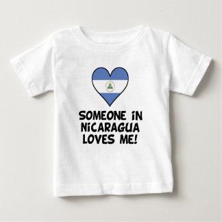 Camiseta Para Bebê Alguém em Nicarágua ama-me