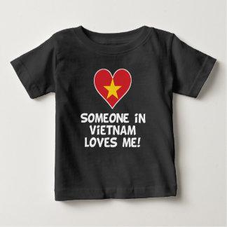 Camiseta Para Bebê Alguém em Vietnam ama-me