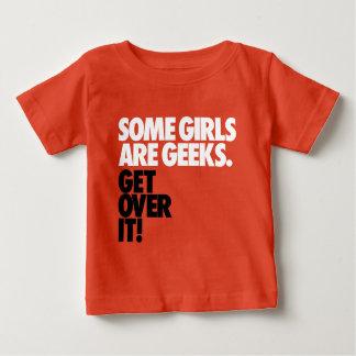 Camiseta Para Bebê Algumas meninas são geeks