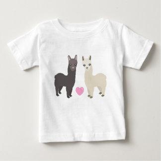 Camiseta Para Bebê Alpacas e coração