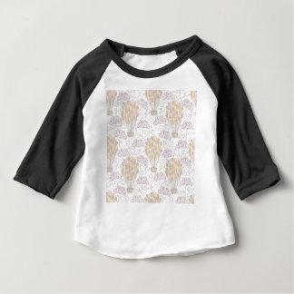Camiseta Para Bebê Amarelo e cinza do balão de ar quente do vintage