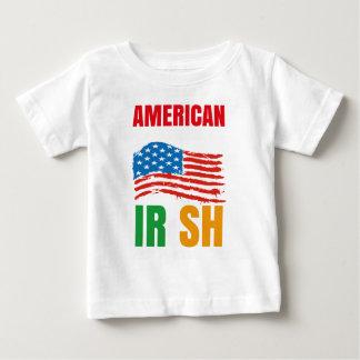 Camiseta Para Bebê Americano pelo IRLANDÊS do nascimento pela graça