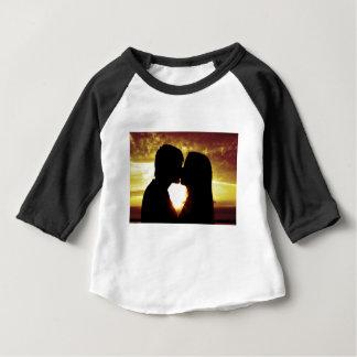 Camiseta Para Bebê Amor e verão