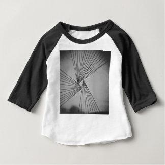 Camiseta Para Bebê Amor focalizado explícito cinzento