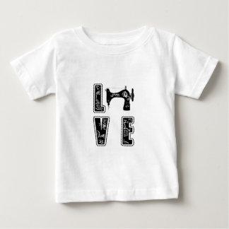 Camiseta Para Bebê amor para sewing