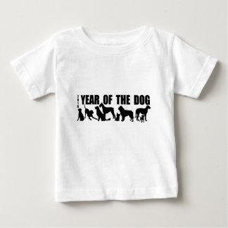 Camiseta Para Bebê Ano do nascer em 2018 do T do bebê do cão