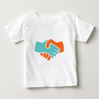 Camiseta Para Bebê Aperto de mão junto