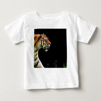 Camiseta Para Bebê Aproximação do tigre - trabalhos de arte do animal