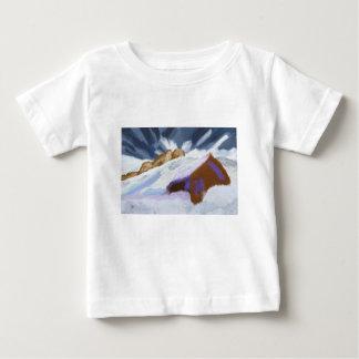 Camiseta Para Bebê Arte das montanhas do inverno