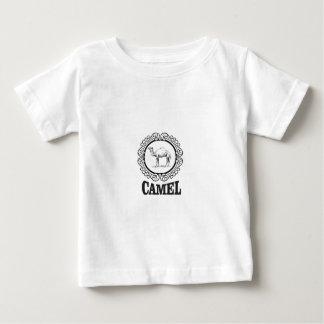 Camiseta Para Bebê arte do logotipo do camelo