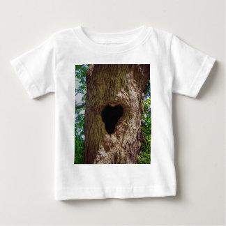 Camiseta Para Bebê Árvore do coração