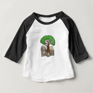Camiseta Para Bebê Árvore enraizada no tatuagem do livro