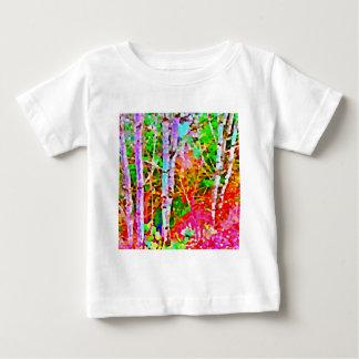 Camiseta Para Bebê Árvores de vidoeiro na primavera