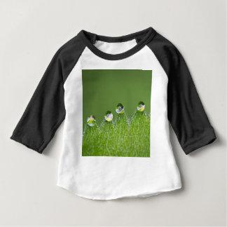Camiseta Para Bebê As gotas da água da natureza conectam com o
