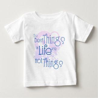 Camiseta Para Bebê As melhores coisas na vida não são coisas