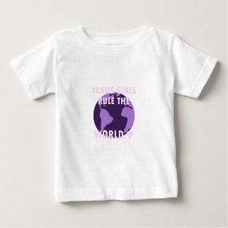 Camiseta Para Bebê As meninas do transporte ordenam o mundo (v1)