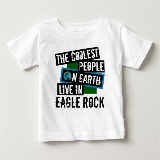 Camiseta Para Bebê As pessoas as mais frescas na terra vivem na rocha