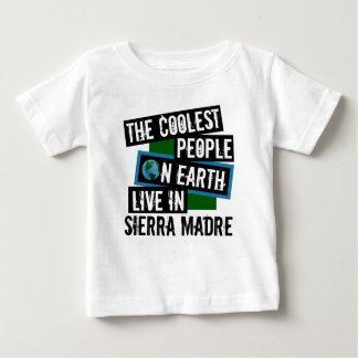 Camiseta Para Bebê As pessoas as mais frescas na terra vivem na serra