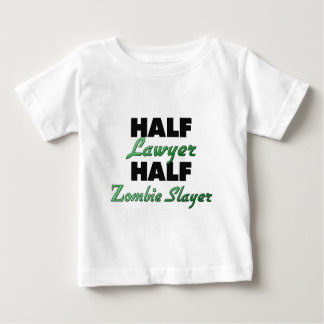 Camiseta Para Bebê Assassino do zombi do meio advogado meio