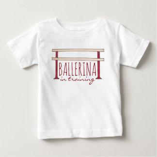 Camiseta Para Bebê Bailarina no dançarino da dança da barra do balé