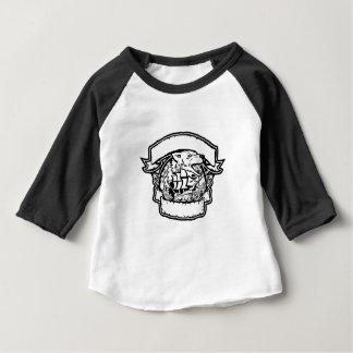Camiseta Para Bebê Bandeira do navio de pirata do lobo retro