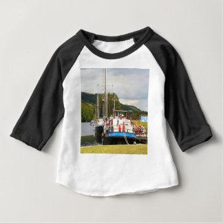 Camiseta Para Bebê Barca do bar da pensão de Eagle, Scotland 2