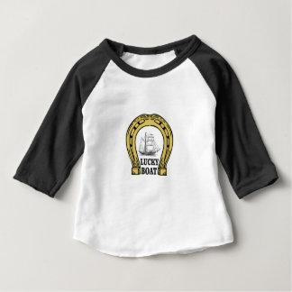 Camiseta Para Bebê barco afortunado no mar