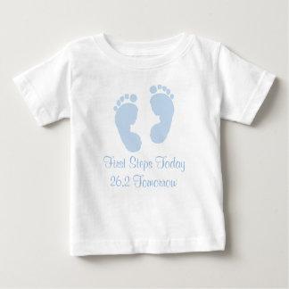 Camiseta Para Bebê Bebê da maratona 26,2 das primeiras etapas hoje