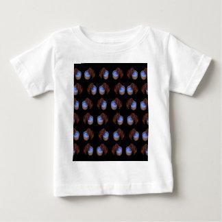 Camiseta Para Bebê Bebendo ereto da cobaia,