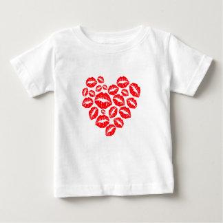 Camiseta Para Bebê beijos e coração do amor