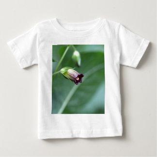Camiseta Para Bebê Beladona ou nightshade mortal (beladona da atropa