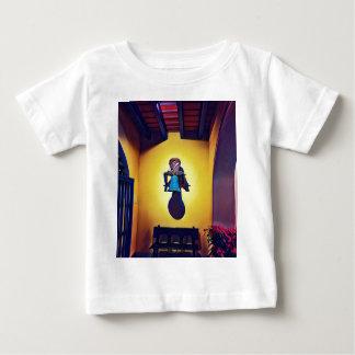 Camiseta Para Bebê Bell montada artística ingénua da igreja