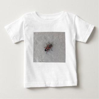 Camiseta Para Bebê Besouro da pessoa idosa de caixa