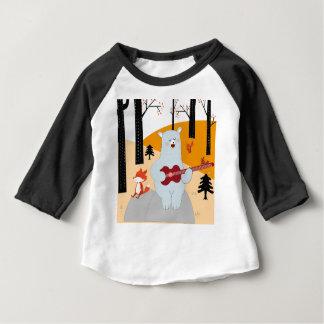 Camiseta Para Bebê Bonito cante um lobo da raposa da canção do verão