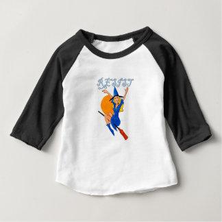 Camiseta Para Bebê Bruxa da resistência