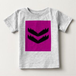 Camiseta Para Bebê Caçoa o cinza do t-shirt com asas do anjo