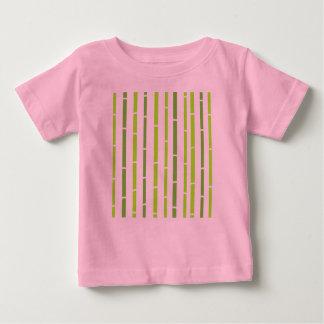 Camiseta Para Bebê Caçoa o rosa do t-shirt dos desenhistas com bambu