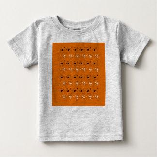 Camiseta Para Bebê Caçoa o t-shirt com elementos marrons