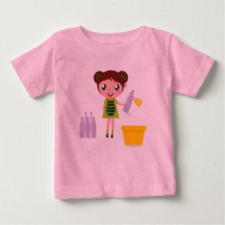 Camiseta Para Bebê Caçoa o tshirt dos desenhistas com menina do