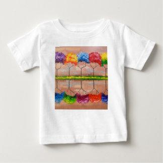 Camiseta Para Bebê Cada árvore por seu cheiro