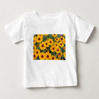 Camiseta Para Bebê Campo de margaridas amarelas