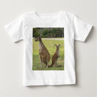 Camiseta Para Bebê Cangurus