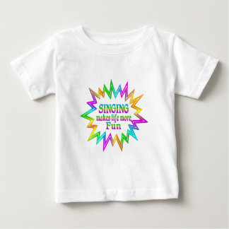 Camiseta Para Bebê Cantando mais divertimento
