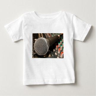 Camiseta Para Bebê Canto do cabo do microfone do cabo do misturador
