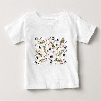 Camiseta Para Bebê cão vermelho do futebol, bolas dos ossos