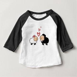Camiseta Para Bebê Carneiros engraçados bonitos adoráveis dos