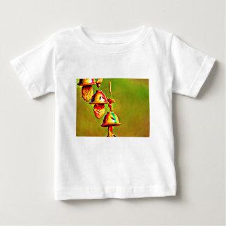 Camiseta Para Bebê Carrilhões de madeira coloridos